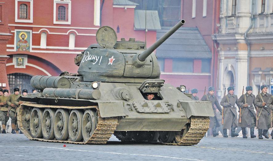 Т-34 на парада 9 мая